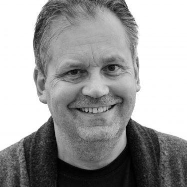 Simon Higlett headshot 2016